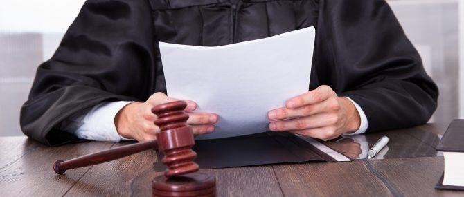 Resolución judicial que determine la filiación