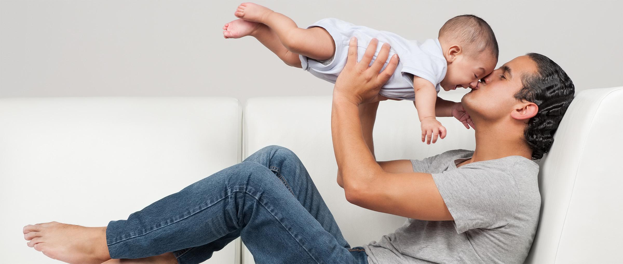 Maternidad subrogada para hombres solteros