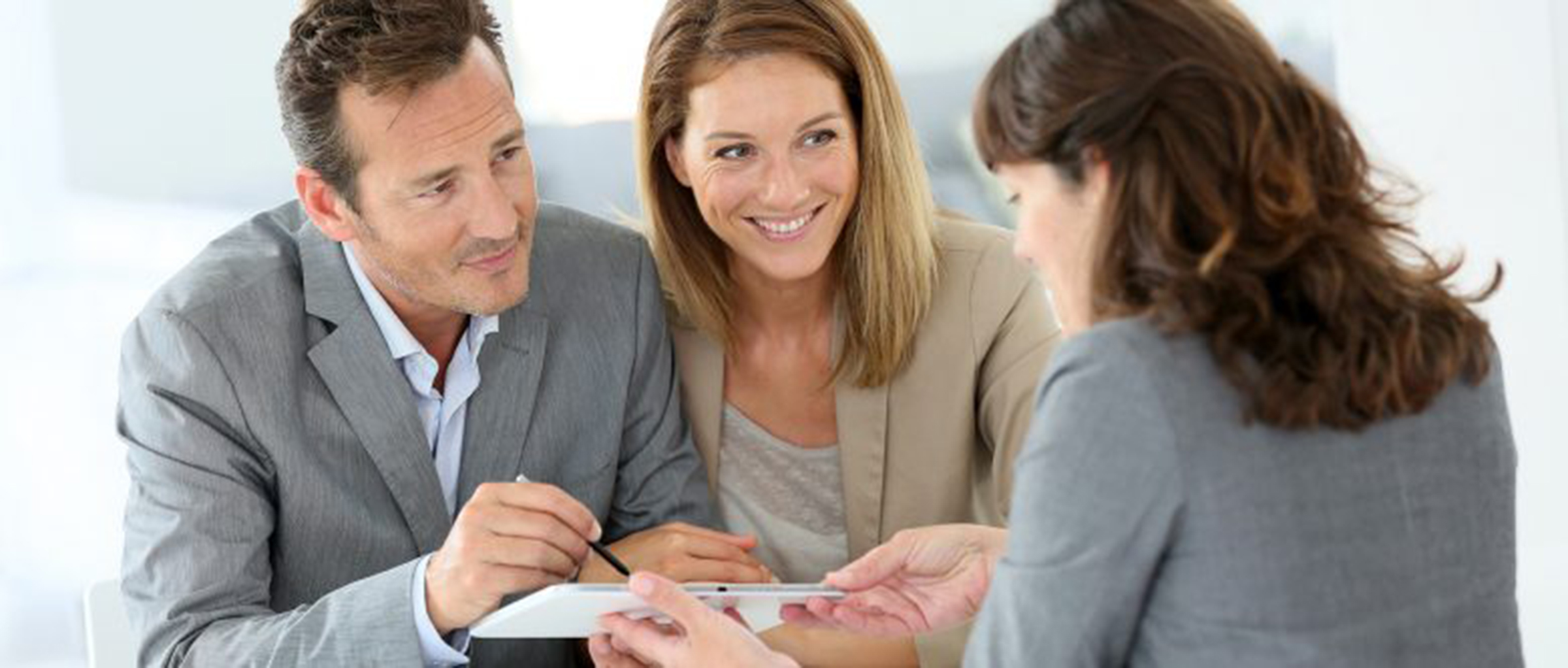 Participación activa de los profesionales de neoVida en cada fase del proceso