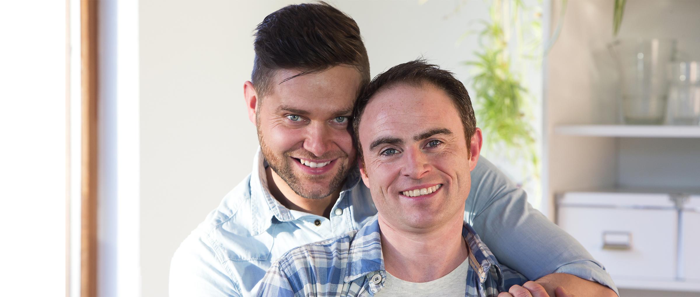 Problemas de la gestación subrogada en Grecia para una pareja gay