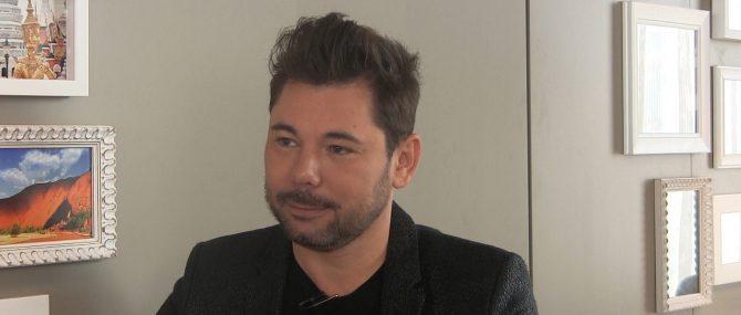Entrevista a Miguel Poveda, padre soltero por gestación subrogada